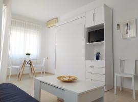Apartamentos Pagán, hôtel  près de: Aéroport de Murcie - San Javier - MJV