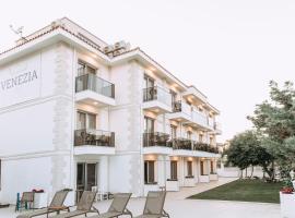 venezia alaçatı by nobela, hotel in Alaçatı