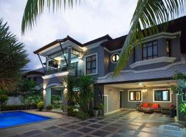 Baan Santhiya Private Pool Villas - FREE TUK-TUK SERVICE, villa in Ao Nang Beach