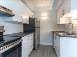 Cheesman Park 30 Day Stays, apartment in Denver
