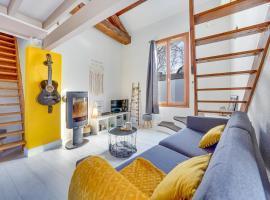 Bel appart pour 6 p, clim, parking et terrasse, hotel with jacuzzis in Aix-en-Provence