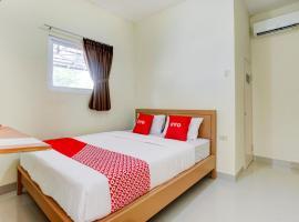 OYO 90180 Ava Guesthouse, hotel in Bandar Lampung