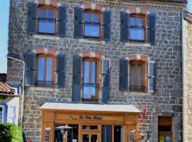 Les Trois Temps、Saint-Didier-sur-Rochefortのホテル