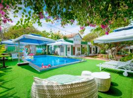 DC House - Mini Resort Vung Tau, отель в Вунгтау