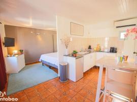 Chanteloche, apartment in Avignon