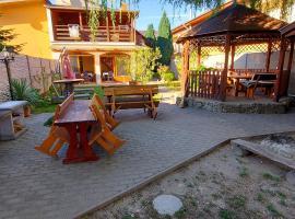 Penzión Korzo, hotel v blízkosti zaujímavosti Vadaš Termal Štúrovo (Štúrovo)