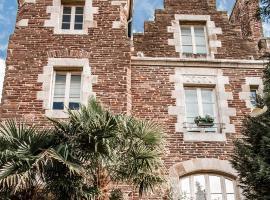Castel Jolly, hôtel à Rennes près de: Métro Pontchaillou
