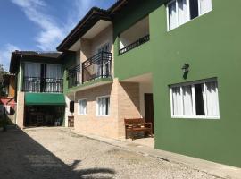 Vila Weiss Flats, holiday rental in Ubatuba