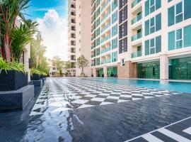 City Garden Tower Luxurious Condominium In The Center Of Pattaya, apartment in Pattaya South