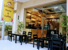 Oriana Home and Coffee, отель в Далате