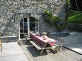 Les trois canards, holiday home in Dinant