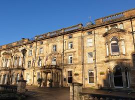 The Crown Hotel, hotel in Harrogate