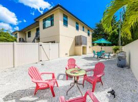 Lido Dream Getaway Duplex N, budget hotel in Sarasota