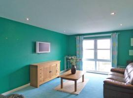 Comfortable, self contained 2 bed town apartment., apartment in Aberdeen