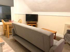 Seaford Lodge Apartments, apartment in Weston-super-Mare