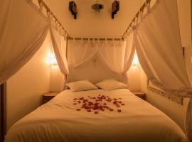 Urbinn Flat - La Suite d'Aphrodite, Jacuzzi, Sauna, maison de vacances à Marseille
