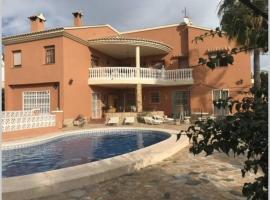 Villa Carmen, hotel que admite mascotas en Calpe