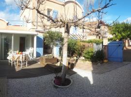 Alizés - Clos d Elsa D, holiday home in Gruissan