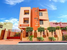 FabExpress Ranjana Heritage Gomti Nagar, hotel in Lucknow