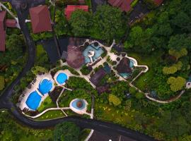 Hotel Los Lagos Spa & Resort, hotel en Fortuna