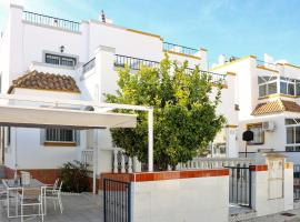 Awesome home in Orihuela - Costa with WiFi and 3 Bedrooms, Villa in Playa Flamenca