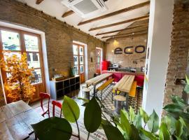 ECO Hostel, habitación en casa particular en Granada