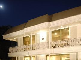 Diplomat, Chanakyapuri New Delhi- A Boutique Hotel, hotel in New Delhi