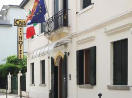 Hotel Cris, hotel near Museum M9, Mestre