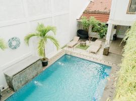 Otu Hostel By Ostic, hostel in Yogyakarta