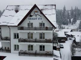 Chalet 173, hotel in Gura Humorului