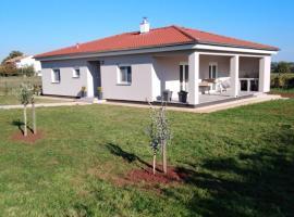 Casa MiaEni, vacation rental in Loborika