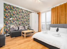 Central Apartament by Your Freedom, apartment in Warsaw