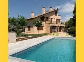 Impresionante casa con piscina y espectaculares vistas, casa o chalet en Cretas