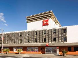 ibis Cannes Mandelieu, hotel in Mandelieu-La Napoule