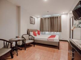 OYO 714 Haeinsa Condotel, hotel sa Maynila