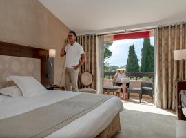Najeti Golf Hôtel de Valescure, hotel in Saint-Raphaël