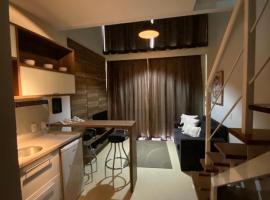 Aconchegante Duplex no Brooklin, hotel with jacuzzis in Sao Paulo