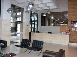Crystal Place (Bristol Hotel), serviced apartment in Goiânia