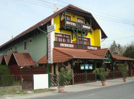 Hotel Napsugár, hotel in Balatonmáriafürdő