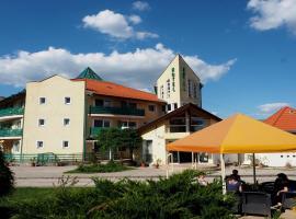 Aqua Therm Hotel, hotel in Zalakaros