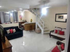 Casa em condomínio - Praia do Peró, hotel with pools in Cabo Frio