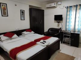 Single Serviced Room with Breakfast & Wi-Fi, B&B in Bangalore