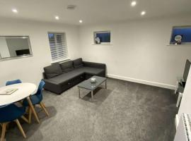 Fully Furnished Apartments., hotel in Watford