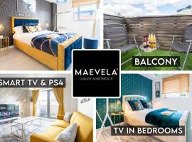 MAEVELA Apartments - Ultra Lavish Luxury 2 Bed Apartment City Centre - With BALCONY - FREE SECURE PARKING - PS4 & Smart TV's, budget hotel in Birmingham