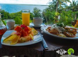 XO Hotel Bacalar Lakefront + Experiences, hotel in Bacalar