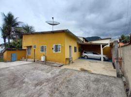Refúgio Ouro Fino 8 Kitnets Casas e Apartamentos, holiday home in Paraty