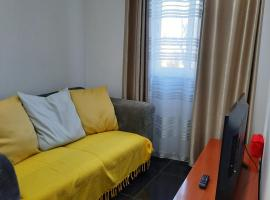 Mar House Apartments – hotel w mieście Praia