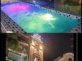 Mi Lan Diamond Hotel, отель в Вунгтау