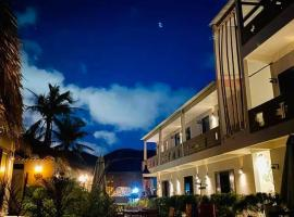 Song Cau Beach Hotel Phu Yen, hotel in Song Cau