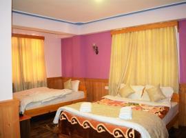 RUFINA LACHUNG de' CROWN, hotel in Lachung